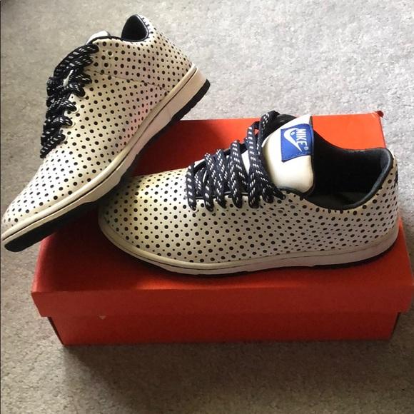 buy popular d9d72 04d8a Womens Nike Dunk Low Supreme. M5b53616fc2e88e6c605ae72e